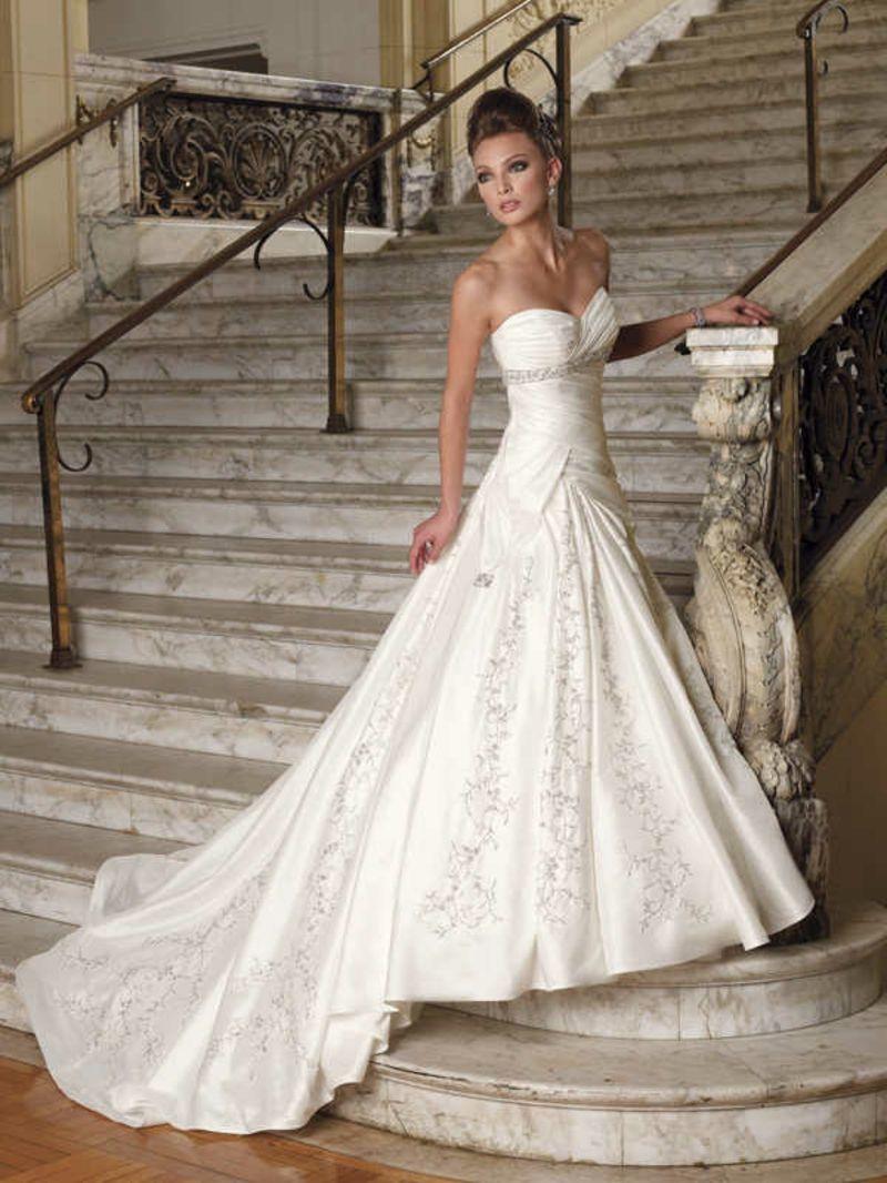 Ausgefallene Brautkleider für eine einzigartige Hochzeit