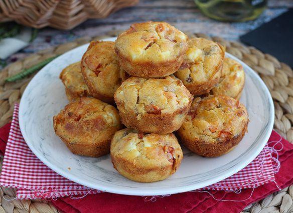 Muffins au thon, tomate et feta, Recette Ptitchef