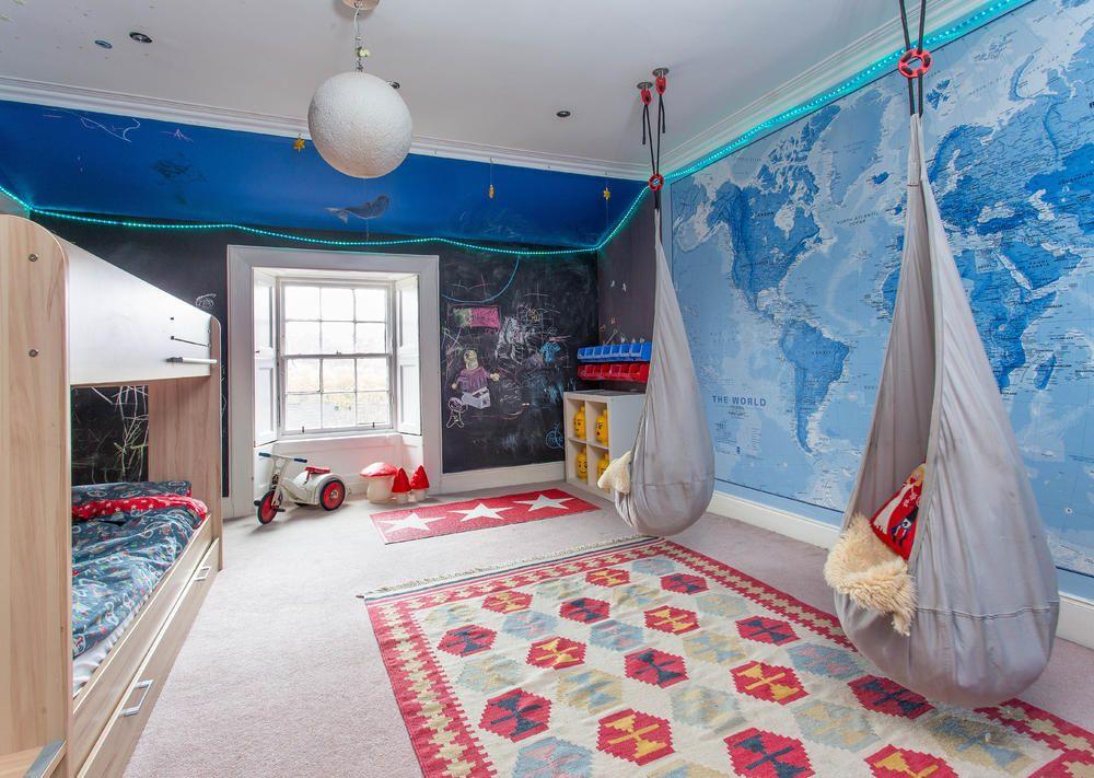Maritimes Kinderzimmer ~ Maritimes kinderzimmer mit weltkarte hängeschaukel seesack und