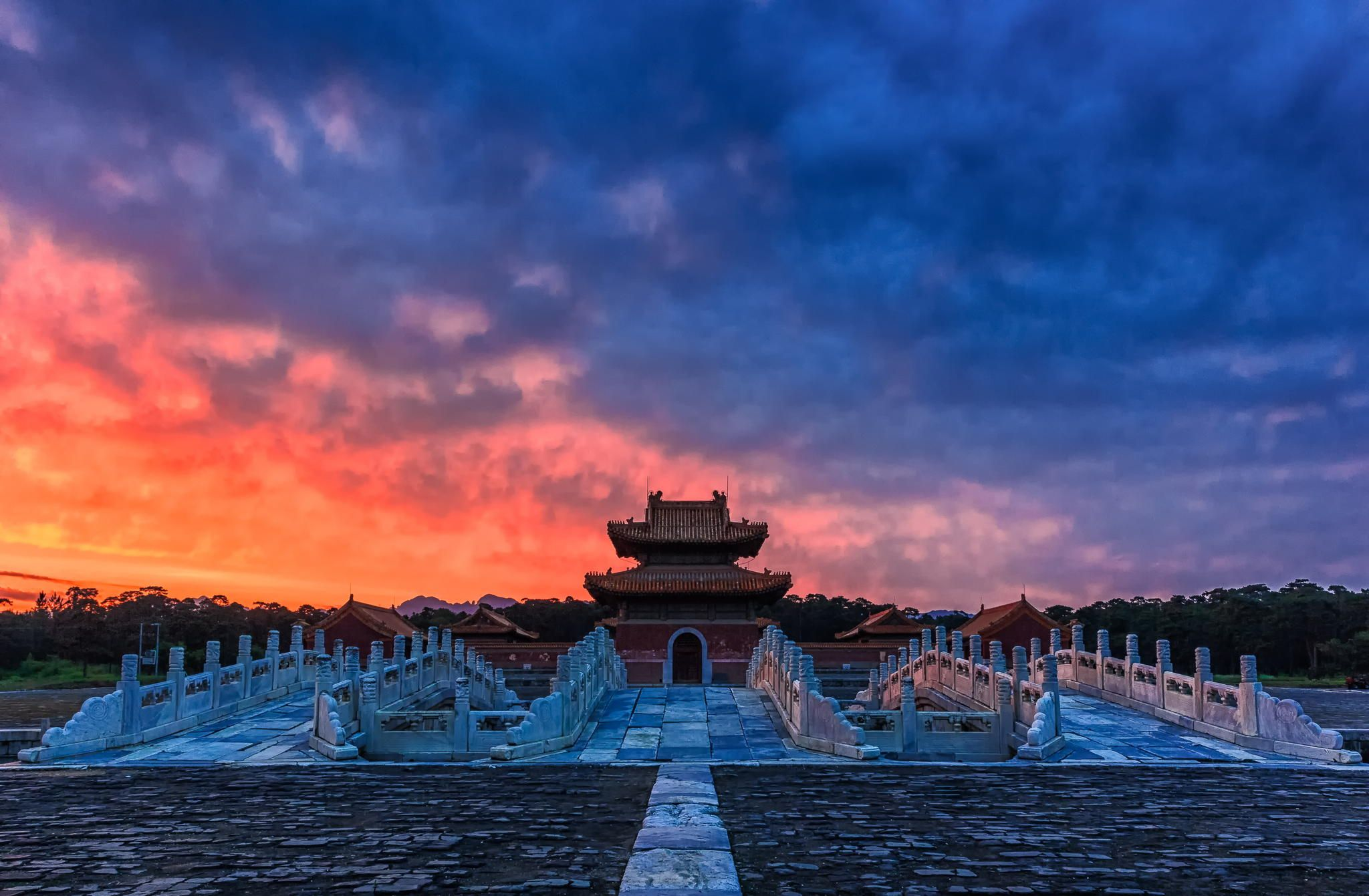 Eastern Qing Tombs by qiao liang on 500px