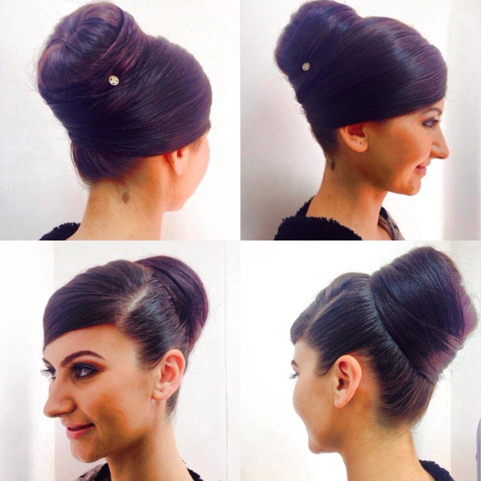 coc de balerina creativ cu breton fals. Headbands, Hair