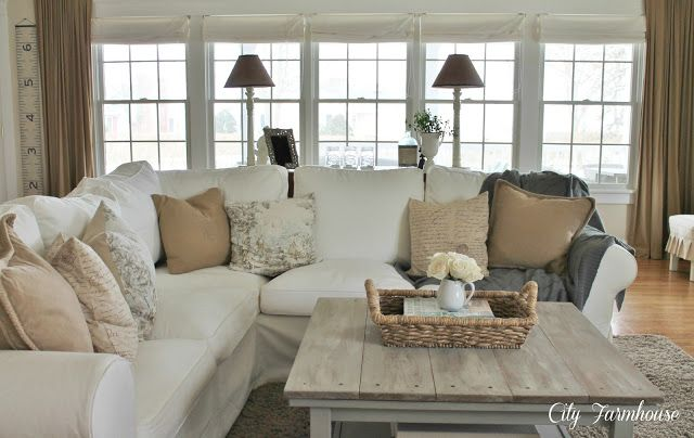Family room reveal thrifty pretty functional city for Sectional sofa farmhouse