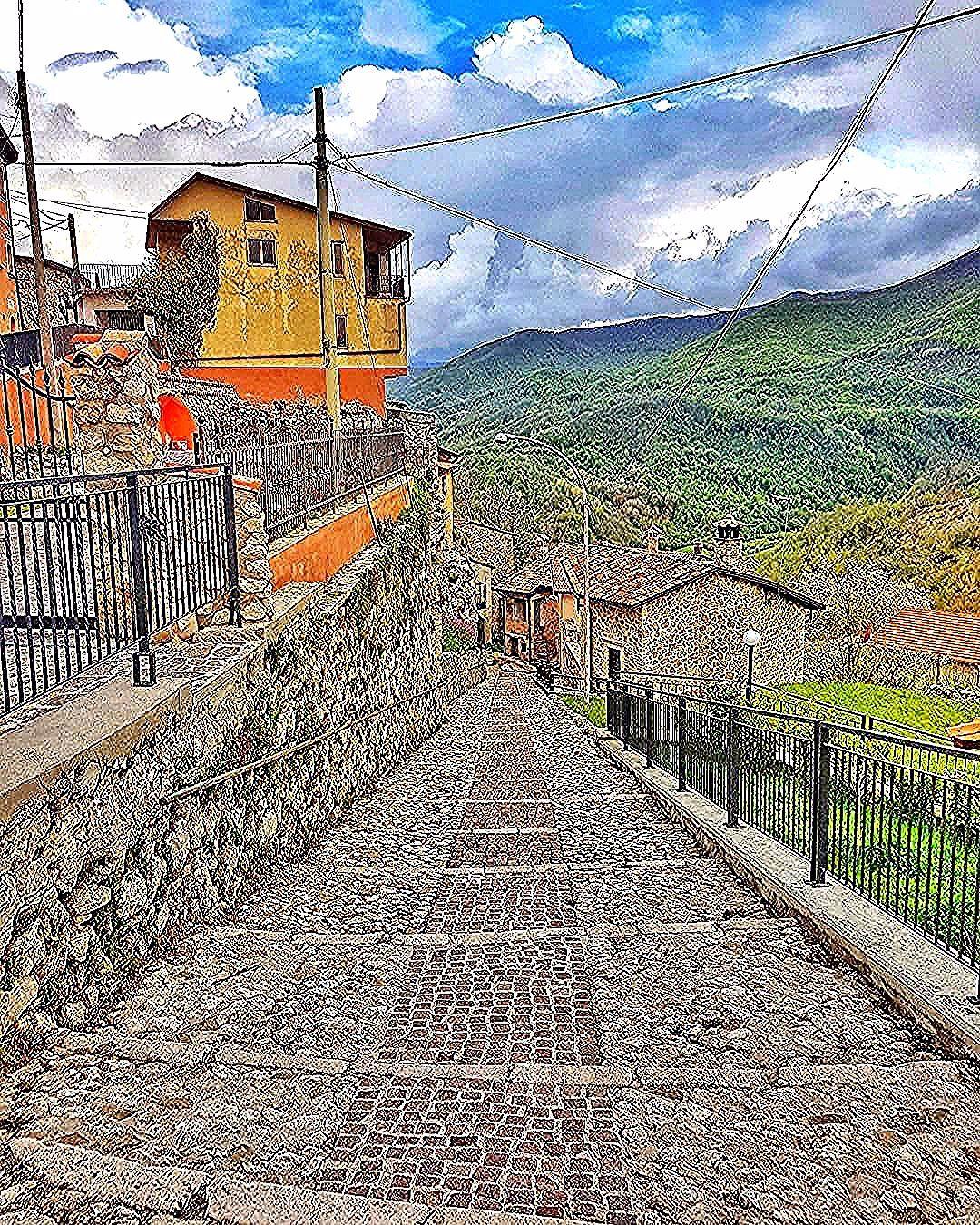Petrella Liri     #abruzzo #petrellaliri #italy #ig_abruzzo #ig_italia #italia_inunoscatto  Petrella Liri     #abruzzo #petrellaliri #italy #ig_abruzzo #ig_italia #italia_inunoscatto #nature #water #sun #travel #traveling #TFLers #vacation #visiting #instatravel #instago #instagood #trip #holiday #saturday #photooftheday #fun #travelling #tourist #instatraveling #travelgram #igtravel