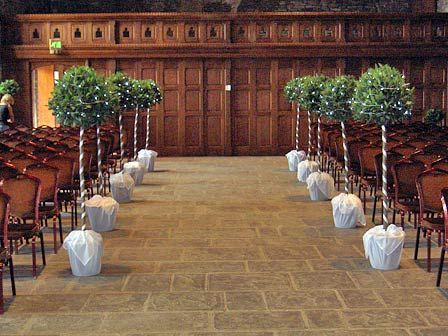 Simple Ceremony Decor Copying Wills Kate Bringing The Outside In With Wedding Trees