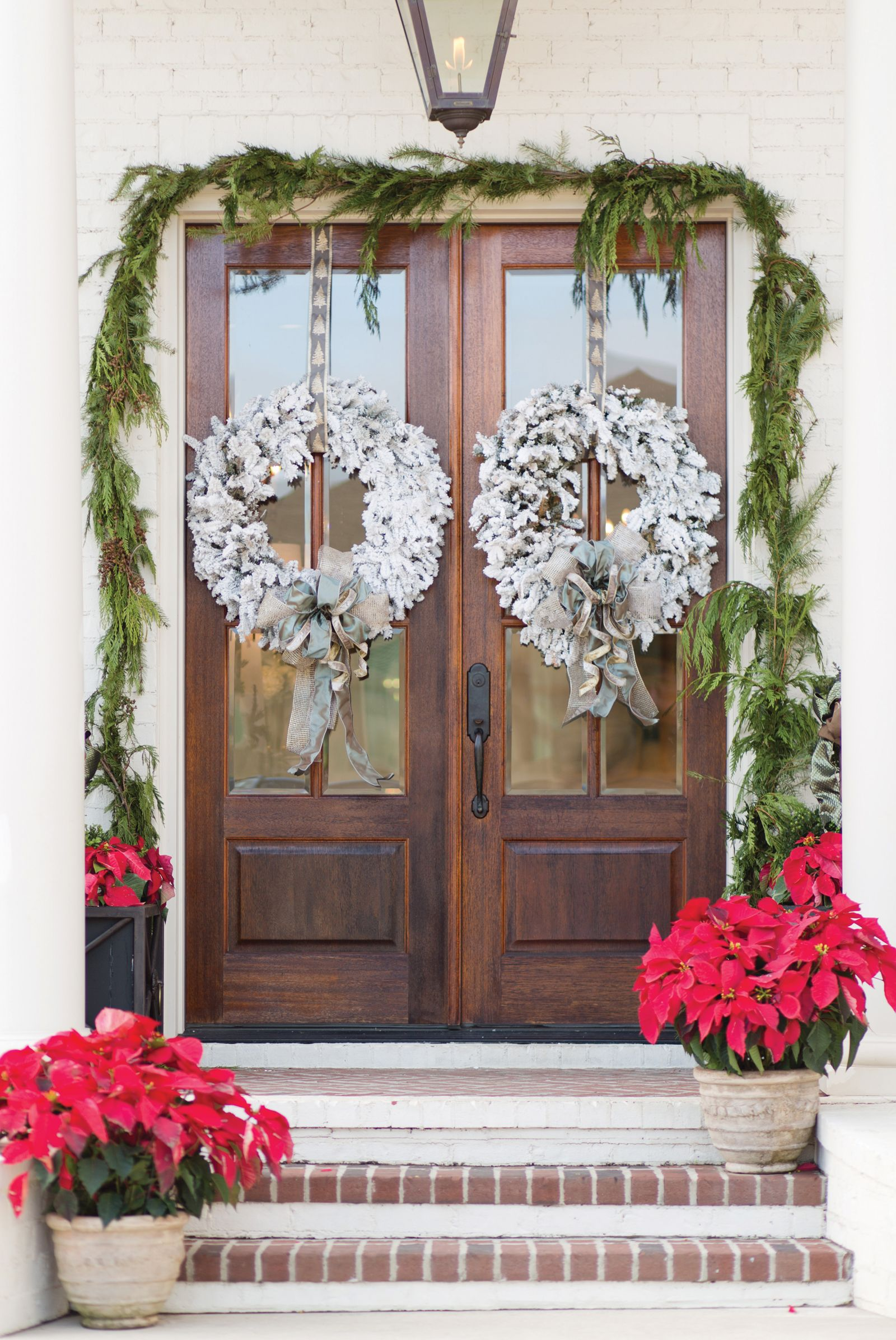 Front Door Holiday Decor #Christmas