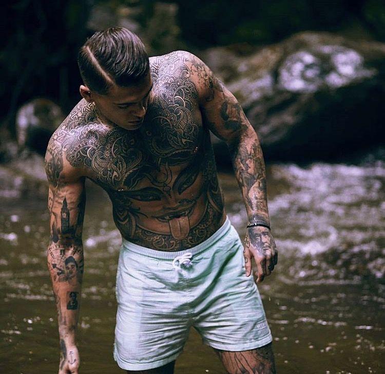 Model Stephen James For Illusive London