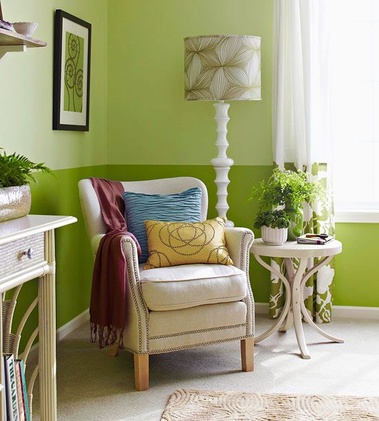Bedroom Decorating In Green Small Sitting Rooms Bedroom Decor