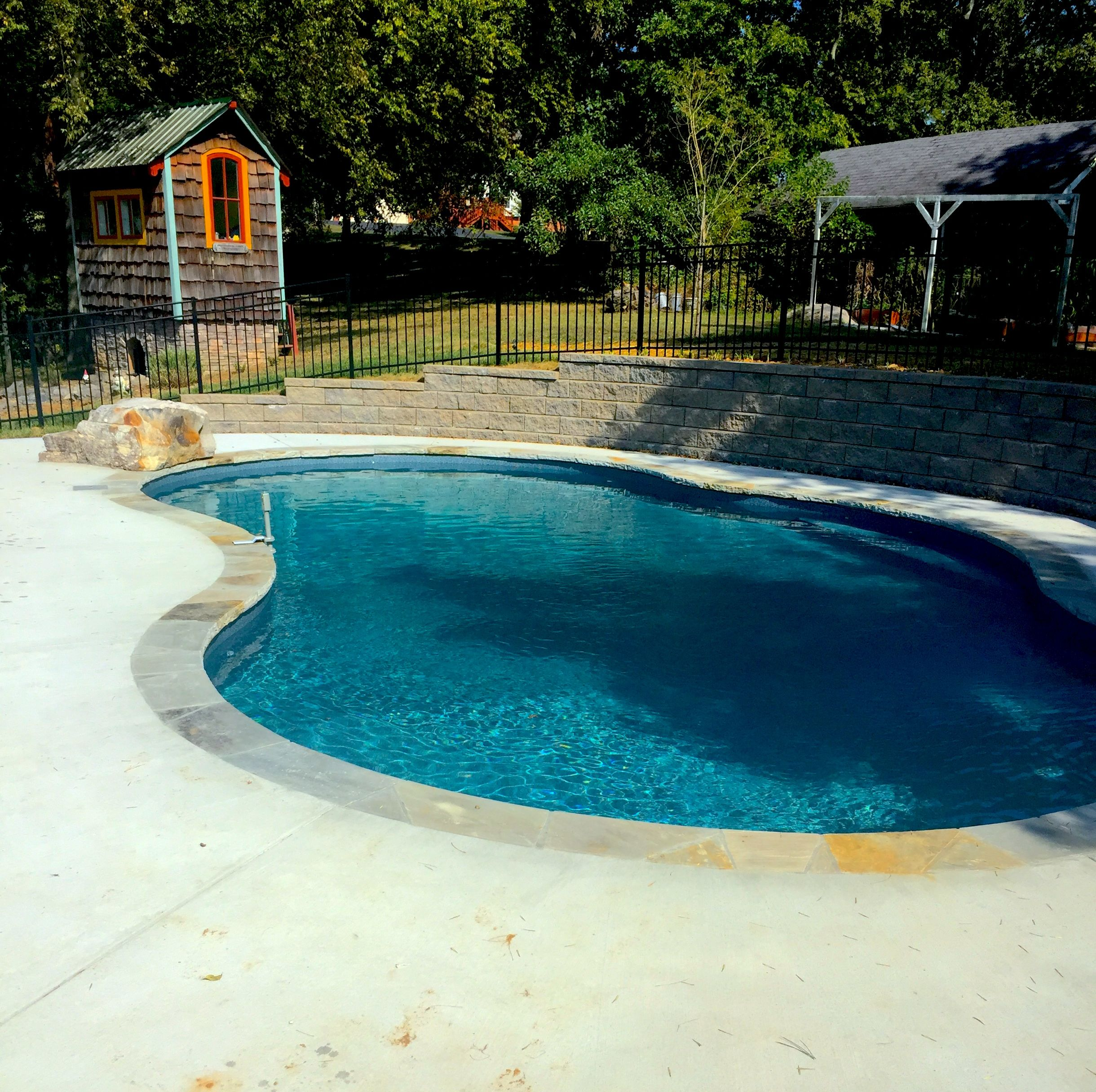 Pool And Spa Depot 16 X 19 X 34 Deer Creek Concrete Wall Pool Flagstone Coping Broom Finished Concrete Decking Bench D Spa Pool Pool Inground Pool Coping