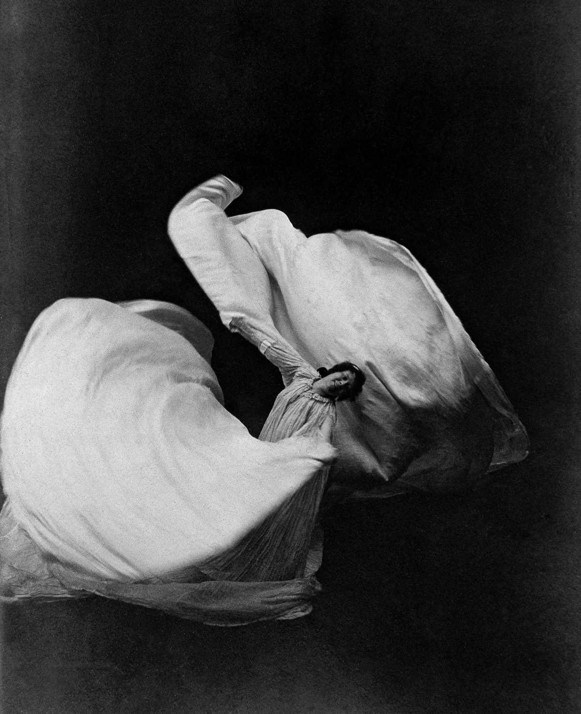 1896-1905 годы: Лои Фуллер - основоположница танца модерн:
