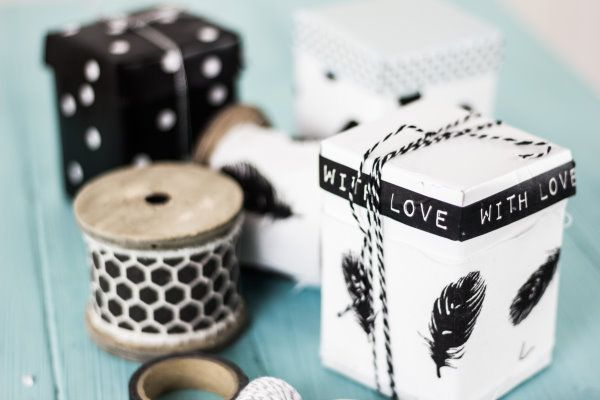 upcycling aus alten milchkartons werden h bsche. Black Bedroom Furniture Sets. Home Design Ideas
