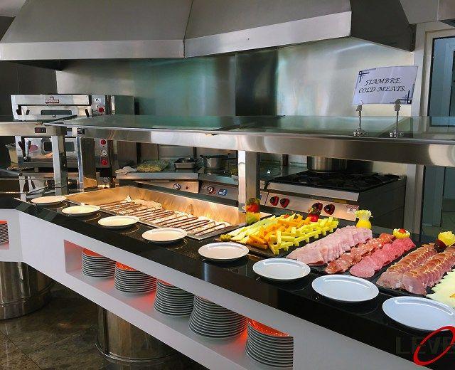 Maquinaria hosteleria industrial buffet frio hoteles for Proposito del comedor buffet