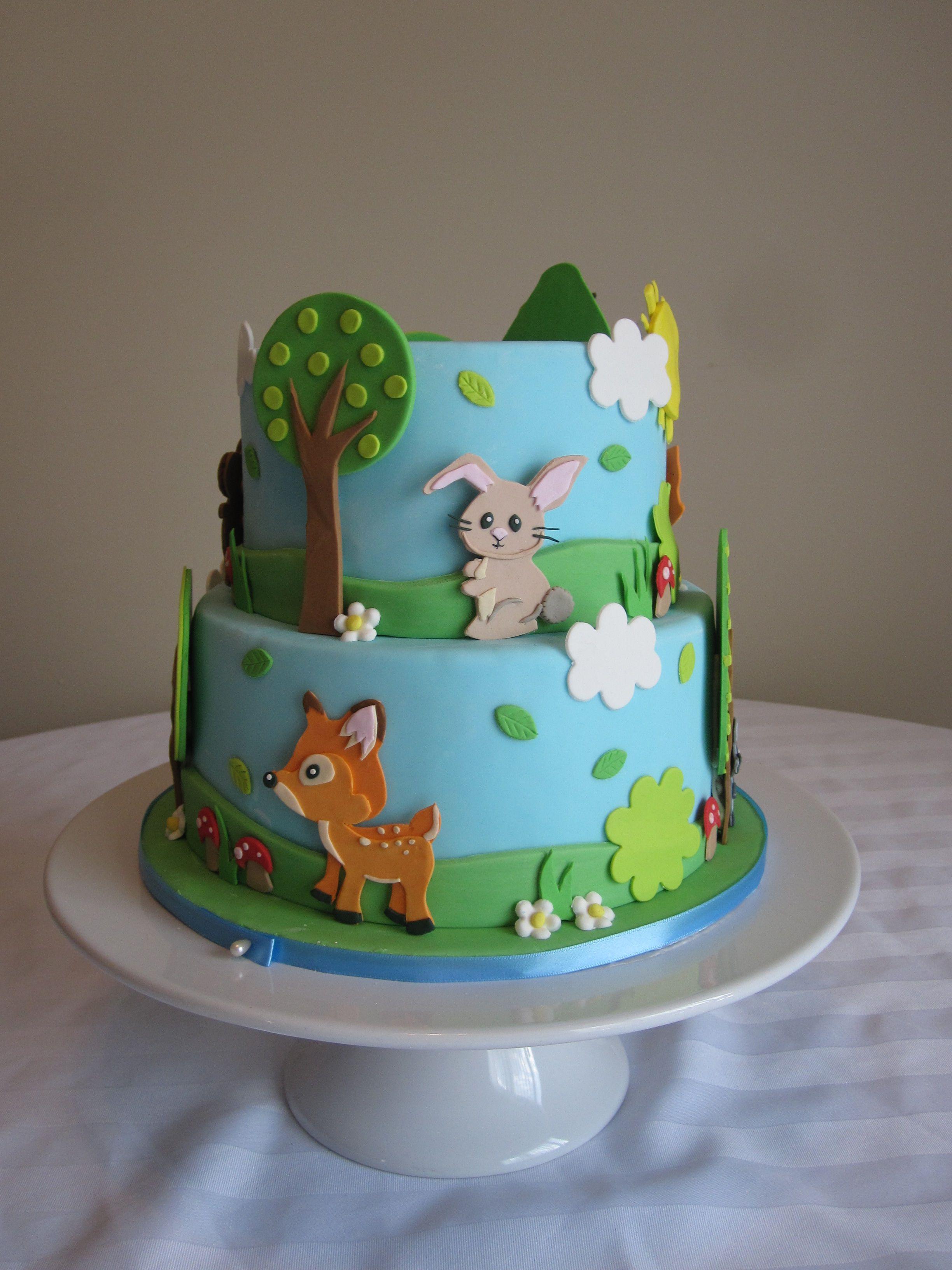 Forest animal cake cakes pinterest animal cakes for Animal cake decoration ideas