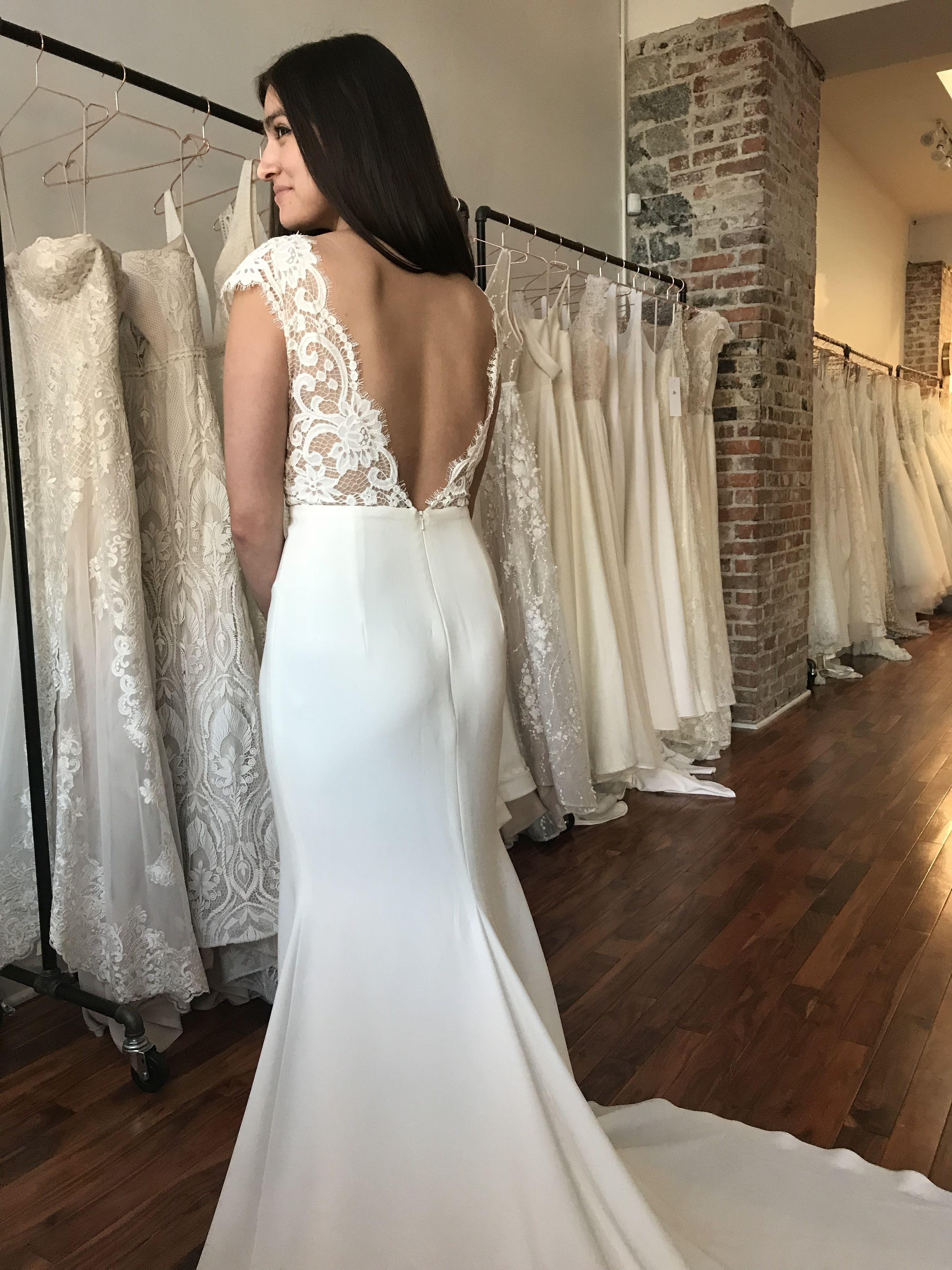 Annalise By Anais Anette 2019 Wedding Dresses Modern Wedding Dresses Fitted Lace Wed Wedding Dresses Short Sleeve Wedding Dress Fitted Lace Wedding Dress [ 4032 x 3024 Pixel ]