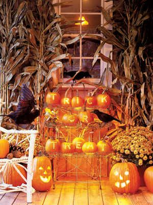 80+ Cool New Ways to Decorate Your Halloween Pumpkins Pinterest - how to make pumpkin decorations for halloween