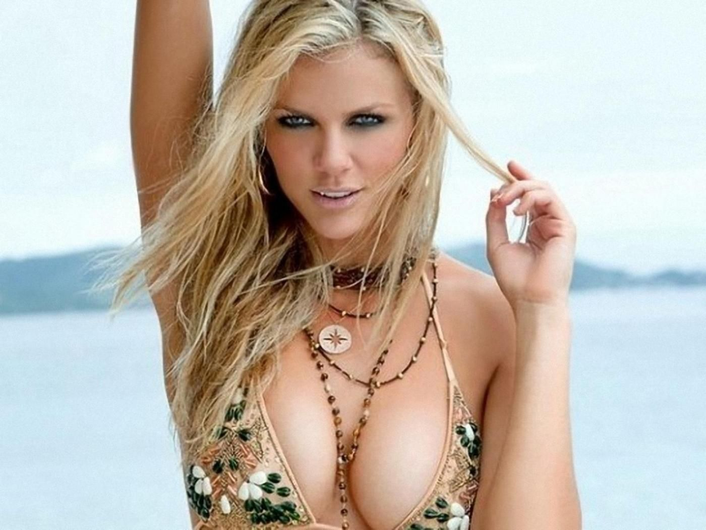 brooklyn decker natural