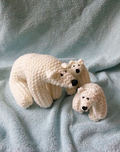 Polar Bear Pattern By The Knit Cafe Toronto Knitting And Crochet