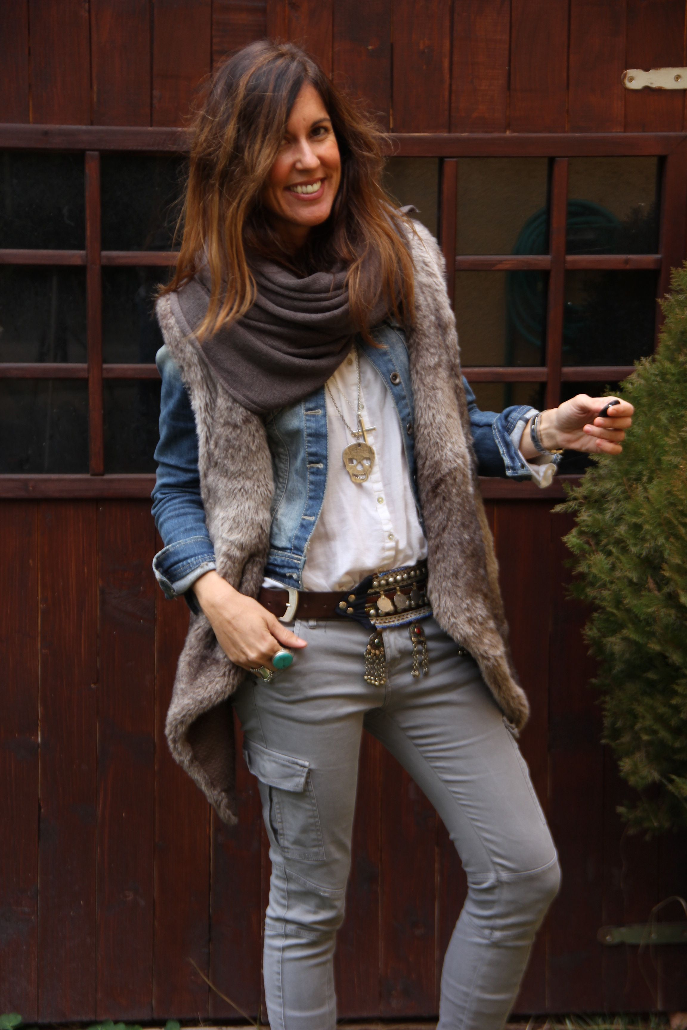 Boho winter layers via fashion blogger, mytenida. Love her style ...