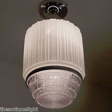 IMPESSIVE      c.20's old aRT DEco Ceiling Lamp Light Fixture glass shade