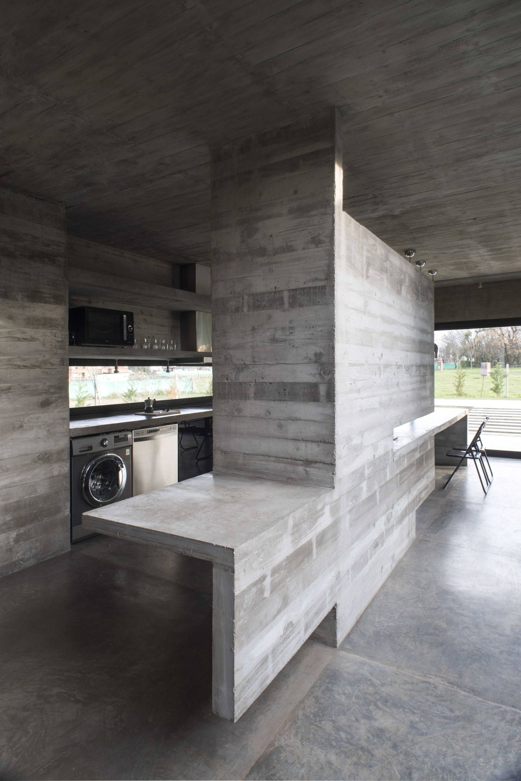 Gallery of MACH House / Luciano Kruk - 16
