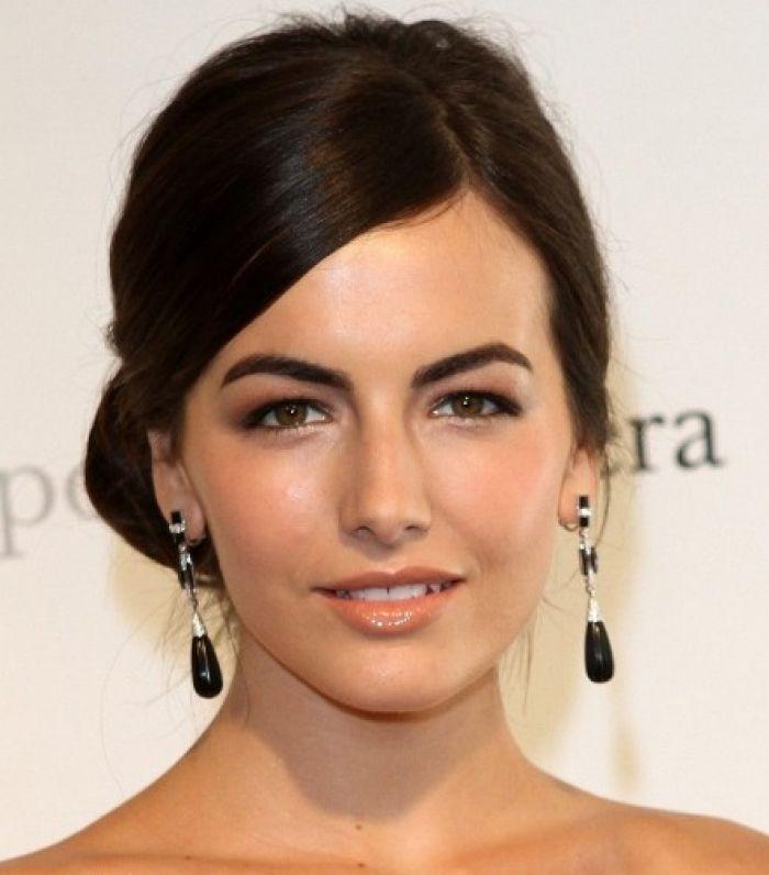 14 Stilvolle Frisuren Fur Frauen Mit Herzformigen Gesicht Stilvolle Frisuren Frisuren Und Herzformiges Gesicht