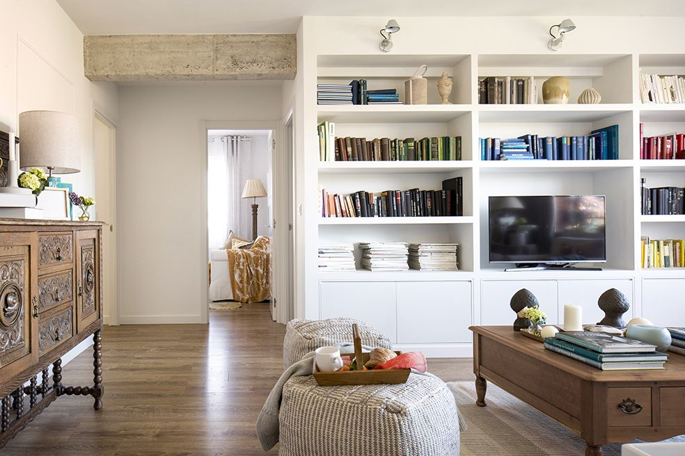 Detalle de salón en vivienda íntegramente reformada por Natalia ...