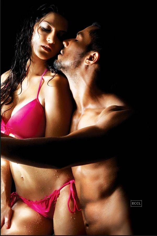 Check Out Erotic Adult Movies From Bollywoodadult Movie Star Sunny Leone Made Her Bollywood Debut In Jism  Opposite Randeep Hooda And Arunoday Singh