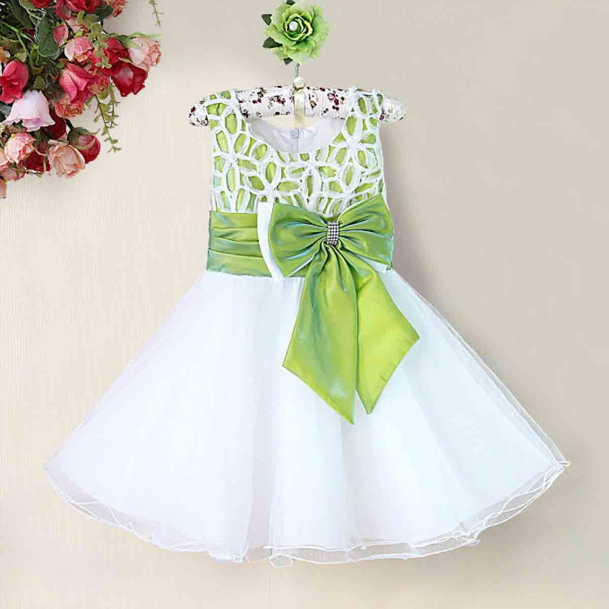 aff78cf7e White and green frock with bow | B | Princess dress kids, Kids ...