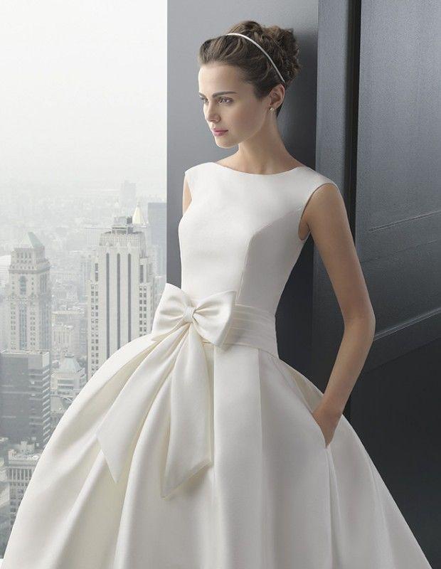 rhodesia robe en mikado de soie ecrue col bateau jupe avec poche robe de mari e le salon blanc. Black Bedroom Furniture Sets. Home Design Ideas