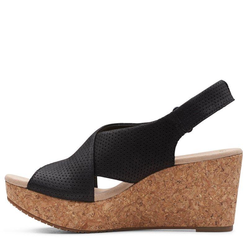 Clarks Women's Annadel Parker Medium/Wide Wedge Sandals (Black Nubuck)