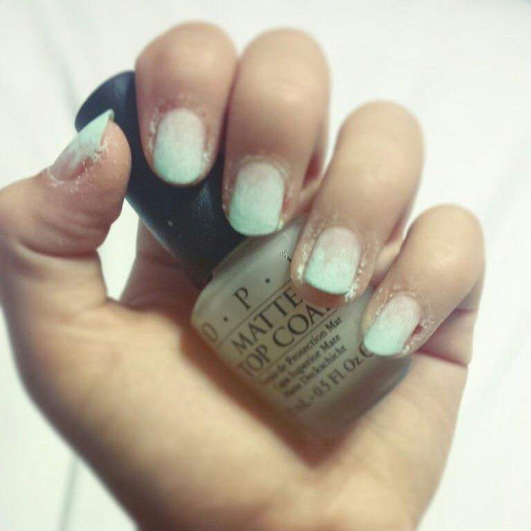 Nails dirty ombre style
