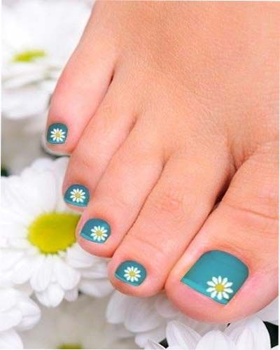 Hot and trendy summer nail art nail art pinterest summer i think i would just use the daisy on one nail blue with white flowers toenail art design prinsesfo Gallery
