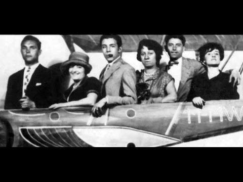 Imprescindibles - Las Sinsombrero (Las mujeres de la Generación del 27) -  YouTube 2ec82db14f5