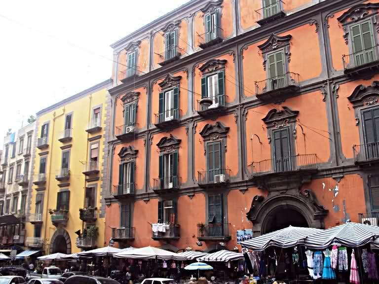 Palazzo dello Spagnolo | Napoli, Italia, Paesaggi
