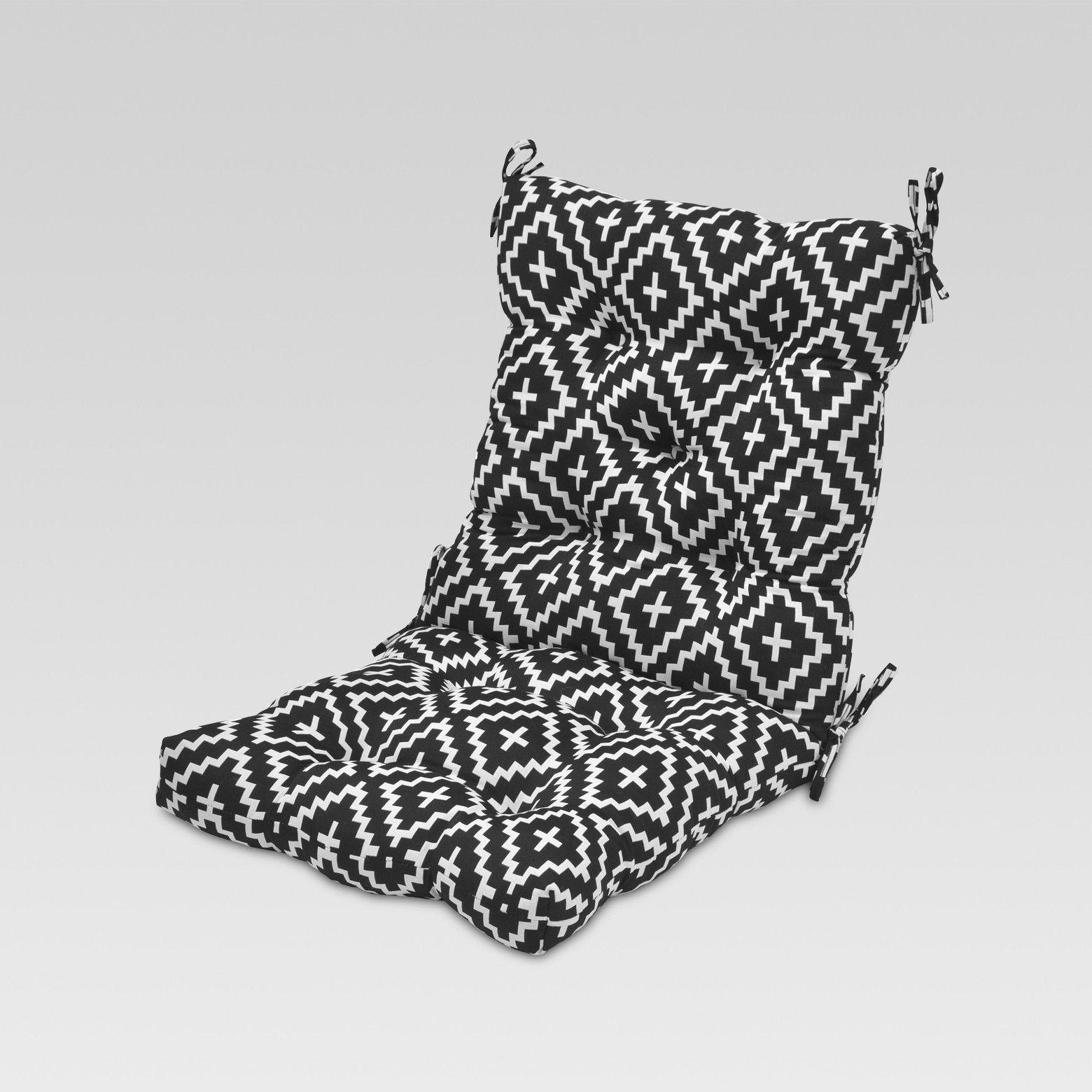 Threshold Tufted Chair Cushion Pattern