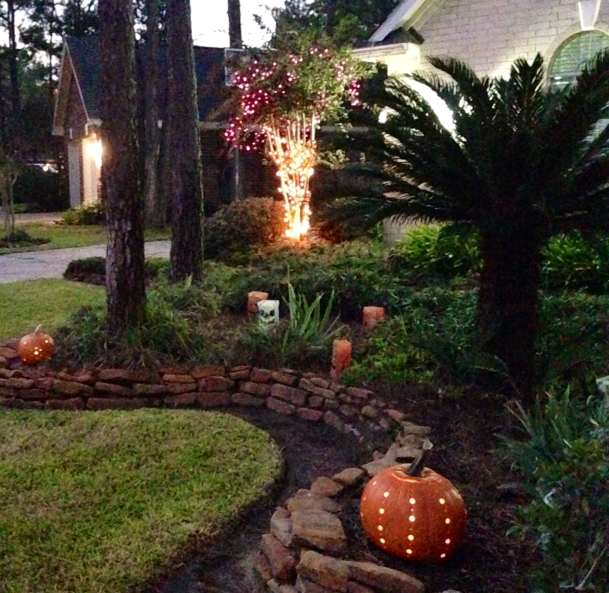 Outdoor Halloween Decorations DIY  Crafts that I love Pinterest - diy outdoor halloween decorations