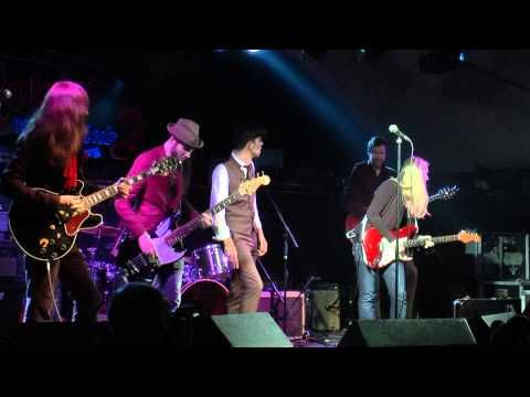 ▶ THE HOAX with Joanne Shaw Taylor. - YouTube