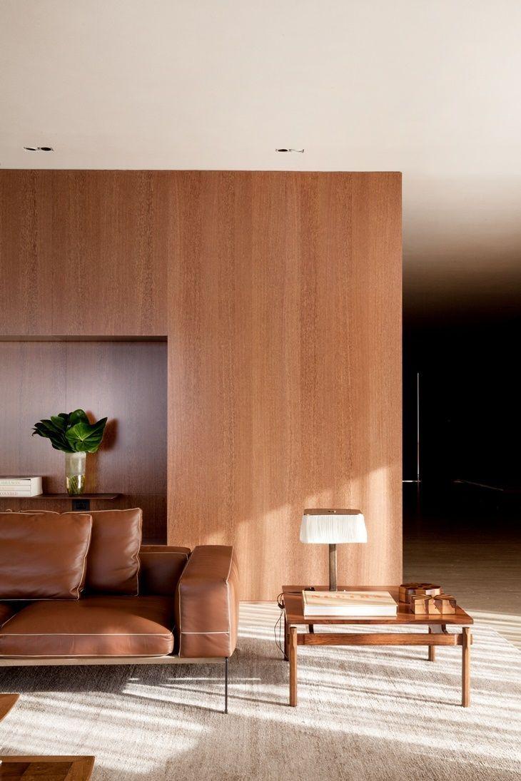 Marcio Kogan assina Penthouse em So Paulo  Salas  Marcio kogan Sala de estar decorada e Salas modernas