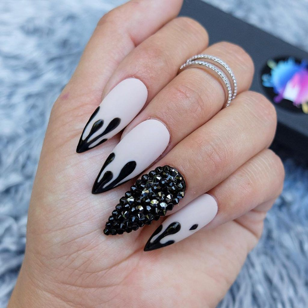 The Best Halloween Nail Designs In 2018 Stylish Belles Halloween Nail Designs Press On Nails Stiletto Nails Designs