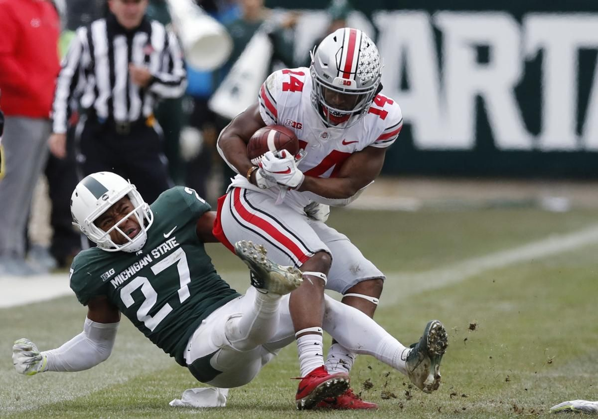 Last Year S Buckeyes Hero Goes At It Again Against Michigan Football Football Helmets Buckeyes