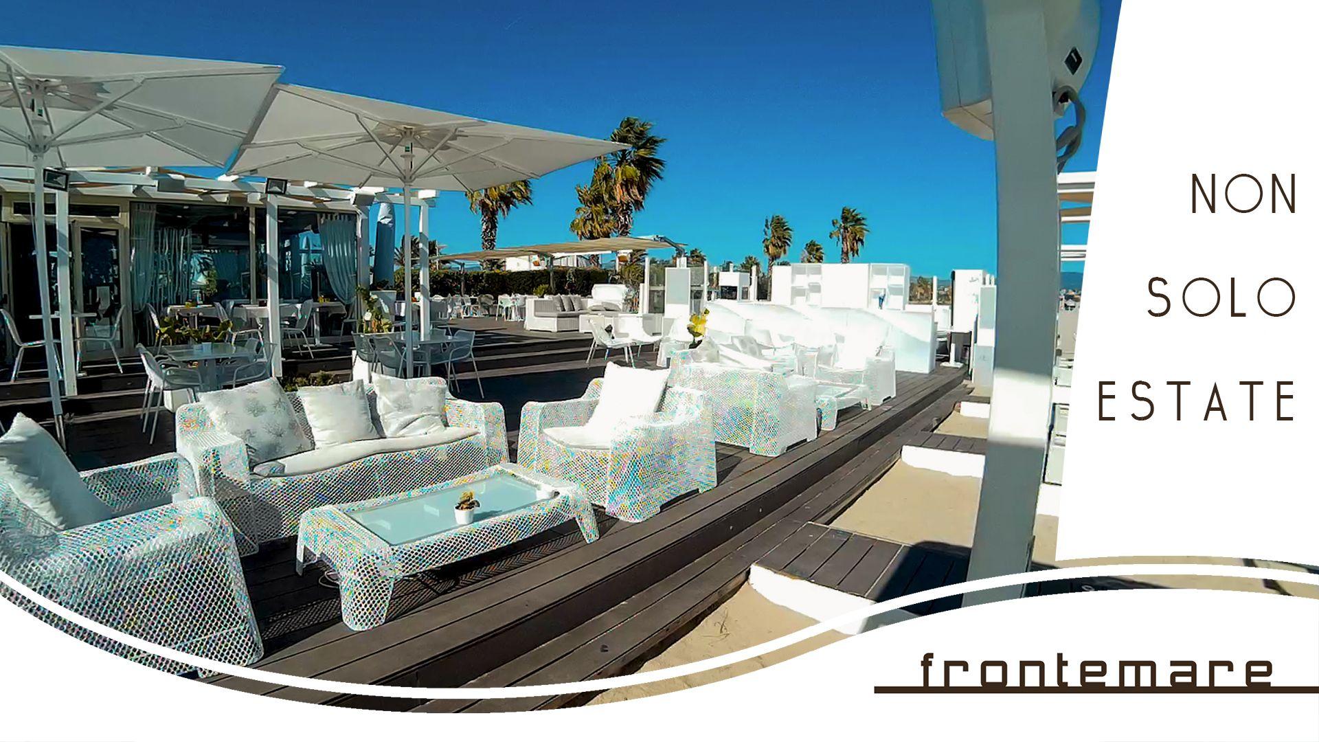 Panoramica Terrazza Sul Mare Bar Sulla Spiaggia Stabilimento