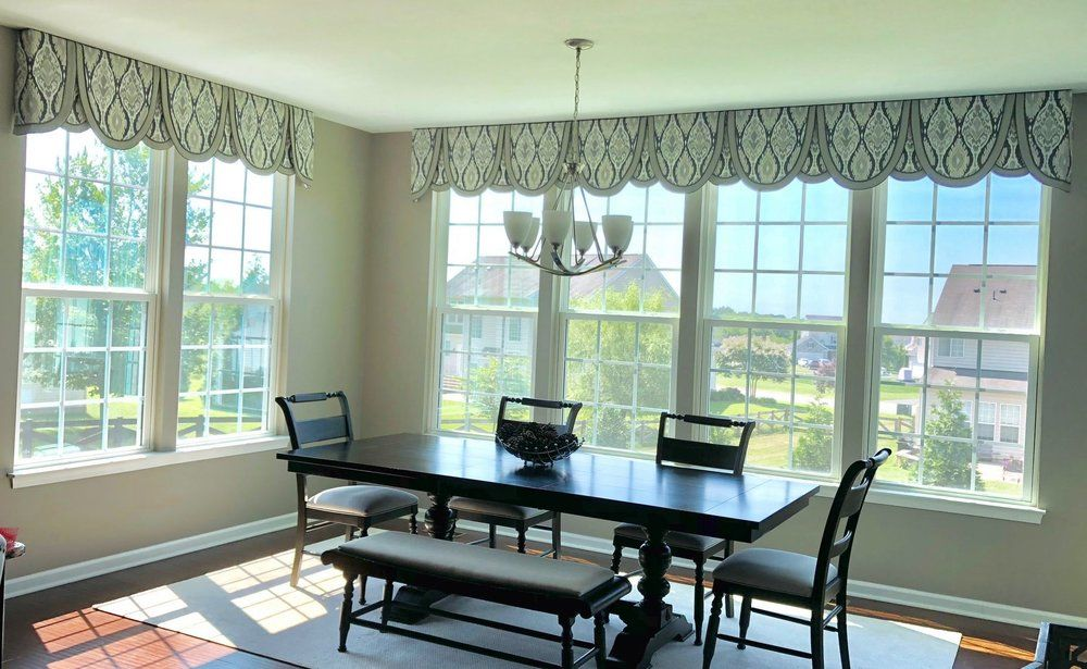 Dining Room Valance Ideas.