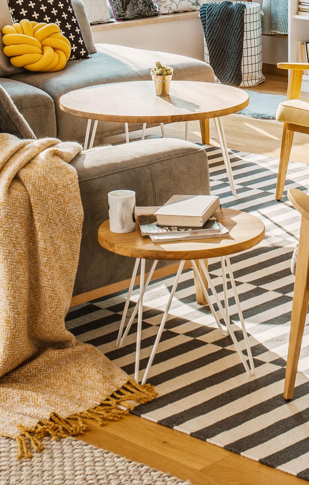 Beautiful Eclectic Decor Black And White Striped Carpet Modern Design Furniture Wooden Side Tabl Furniture Design Modern Eclectic Living Room Eclectic Decor