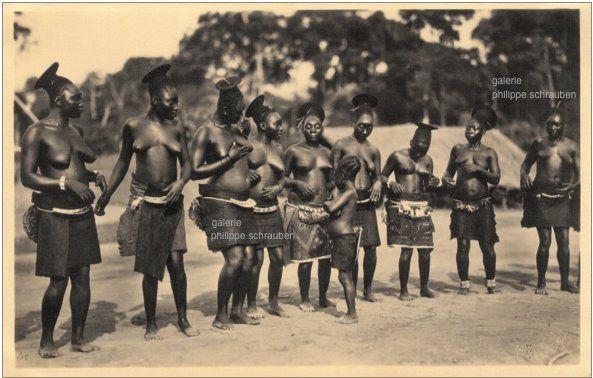 mangbetu women | Mangbetu Negbe | African tribes, Africa ...