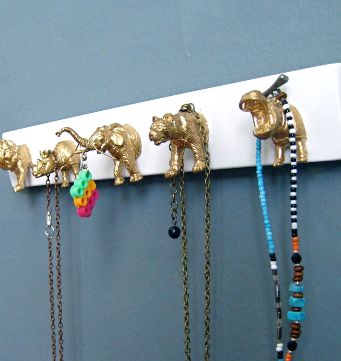 Gold Animal Key Hooks, Gold Animal Jewelry Display, Key Rack, White and Gold