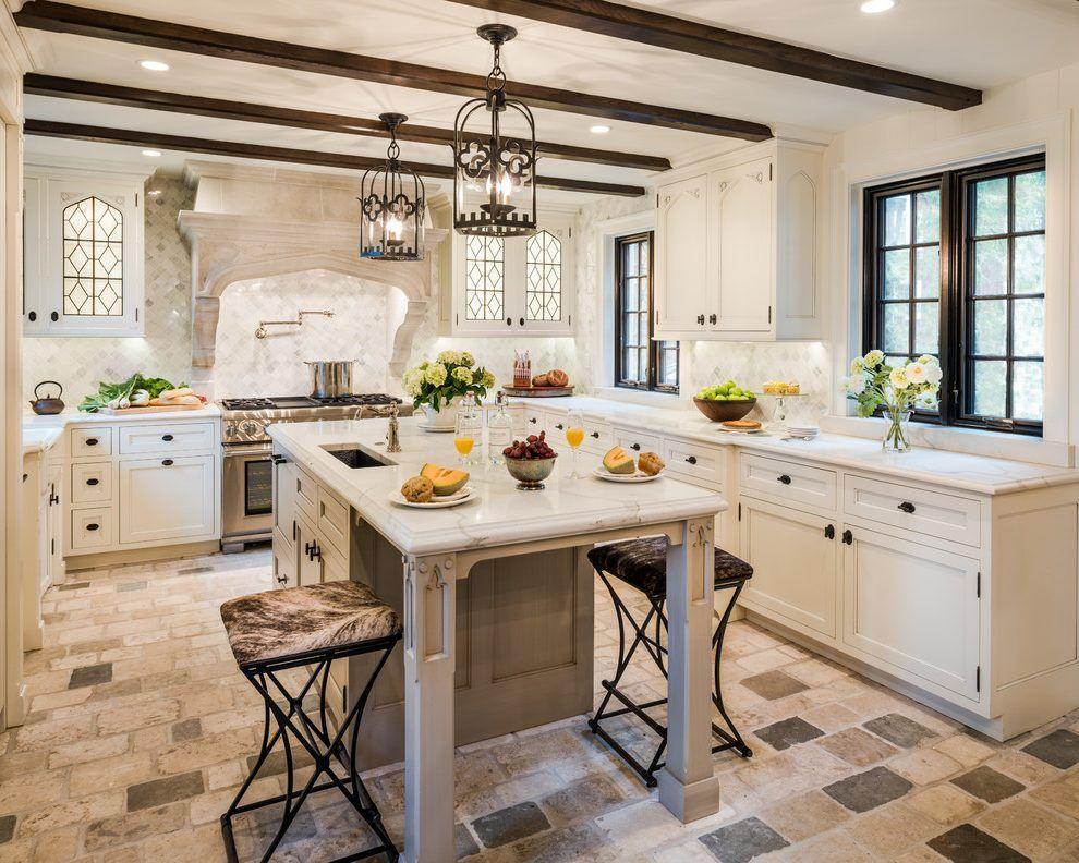 Modern Tudor Style Kitchen Novocom Top