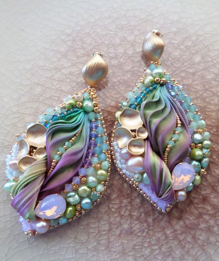 Quot silk leaf earrings design by serena di mercione bead