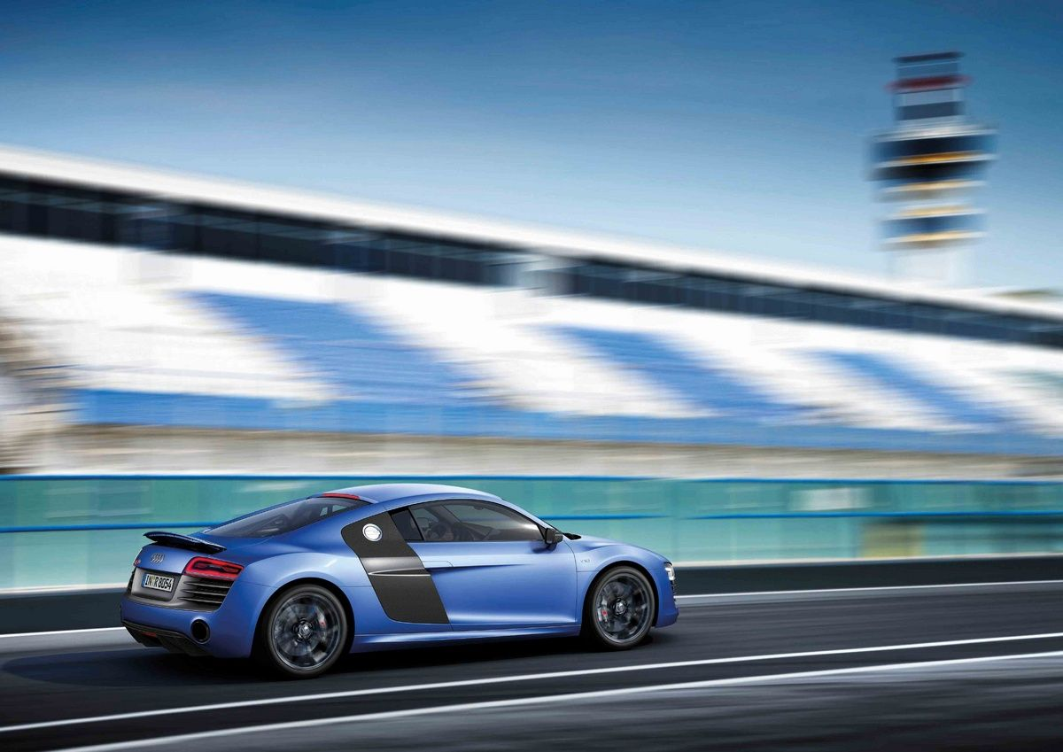 Photo: Picture 2 - Audi tops 2013 R8 range with new V10 plus model