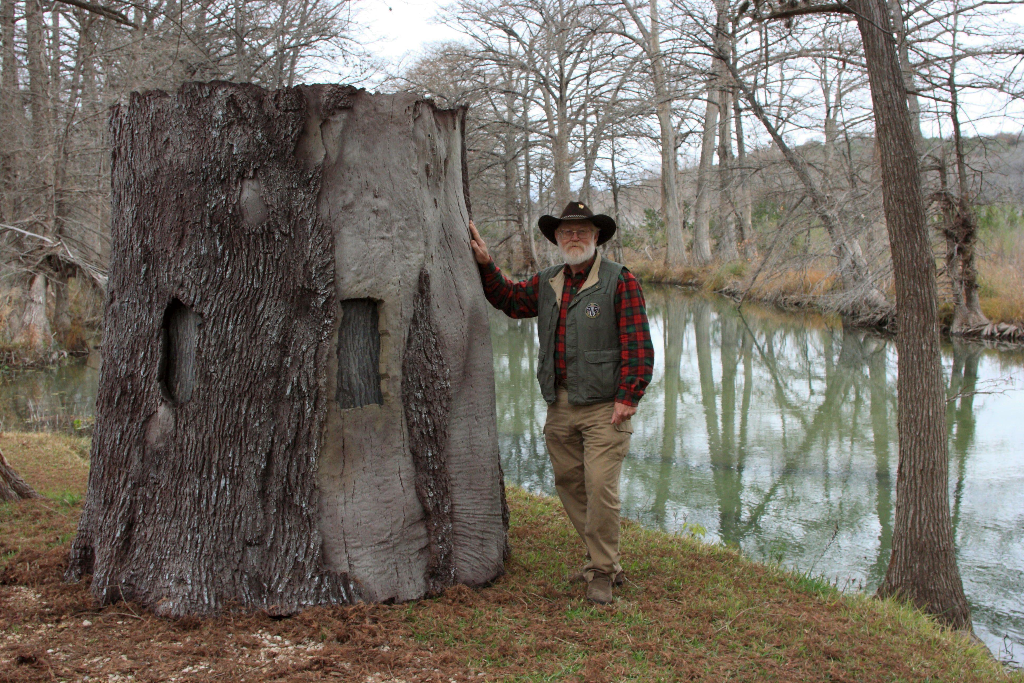 The Treeblind Tm Ground Blind Looks Just Like A Giant