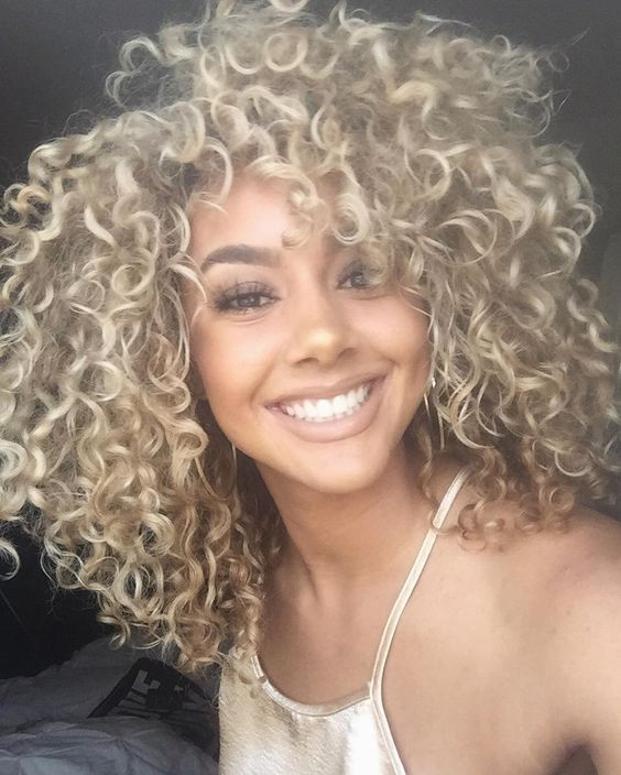 Platinum Blonde Curly Natural Hair Styles For Wigs And Weaves Curly Hair Styles Blonde Curly Hair Natural Front Lace Wigs Human Hair