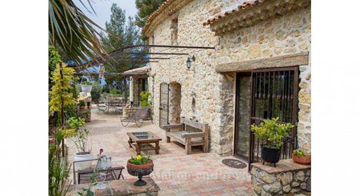45 maisons de Provence où l'on rêve de partir en vacances
